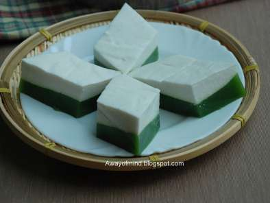 Recipe Kuih talam (steamed coconut pudding)