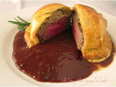 Recipe Beef wellington with cumberland sauce