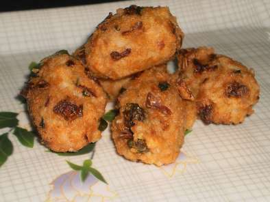 Recipe Rice vada / rice dumpling (deep fried)