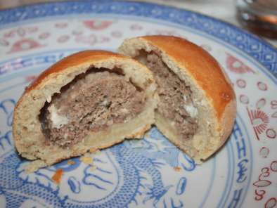 Recipe Meat filled bread rolls
