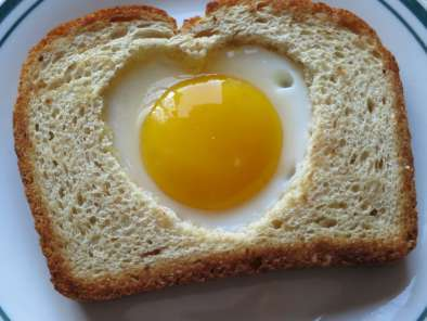 Recipe Heart shaped egg toast