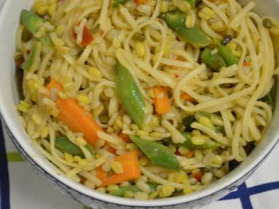 Recipe Rice noodles with lentils and vegetables