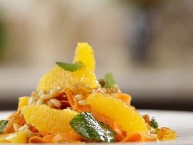 Recipe Moroccan salad with carrot, oranges and pine nuts