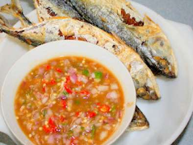 Recipe Fried kembung (mackerel) with assam sauce