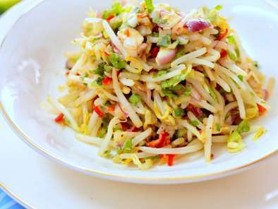 Recipe Kerabu taugeh (bean sprouts salad)