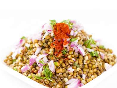 Recipe Sprouts chaat : a healthy tangy snack