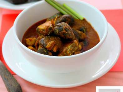 Recipe Keluak nyonya fish curry