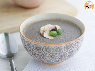 Recipe Creamy mushroom velvet soup - video recipe !