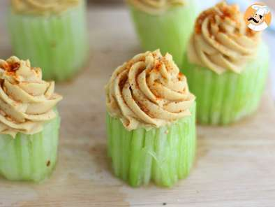 Recipe Cupcakes with cucumber and hummus - video recipe !