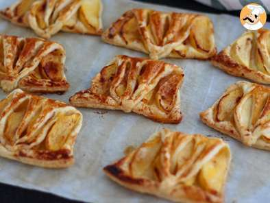 Recipe Express apple turnovers - video recipe!