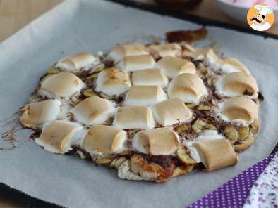 Recipe Dessert pizza with banana and chocolate - video recipe!