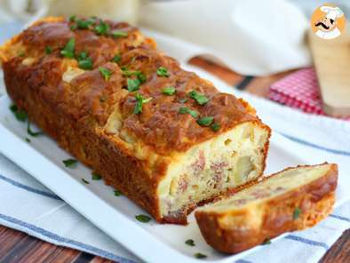 Cheese and ham cake