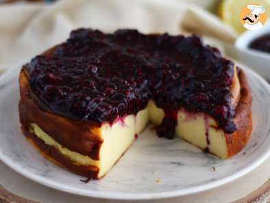 Recipe Condensed milk cheesecake and its berry purée