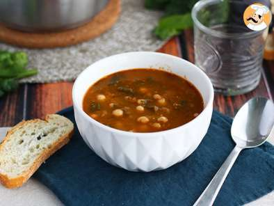 Recipe Chickpea and spinach soup