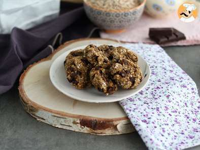 Recipe 3 ingredient vegan cookies with banana and chocolate