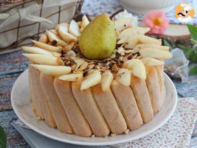 Recipe Pear charlotte with grilled almonds