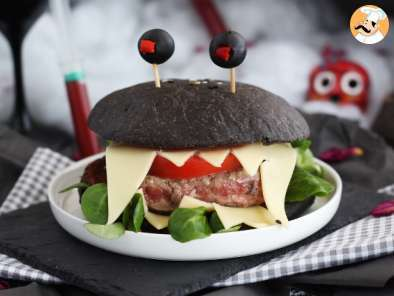 Recipe Halloween monster burger