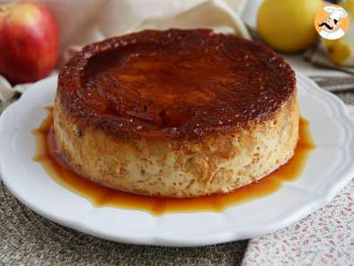 Croissant pudding with apple and caramel