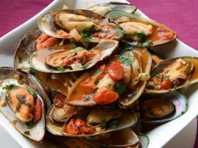 Recipe Bloody caesar steamed mussels