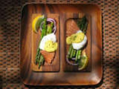 Recipe Egg Mcguffin (with asparagus, smoked salmon) and Mustard Sauce
