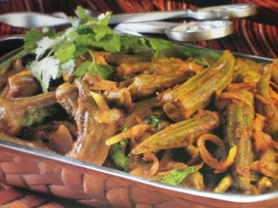 Recipe Masala bhindi ( okra ) and spicy thai vegetable curry