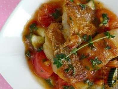 Recipe Red snapper fillet in thymato sauce