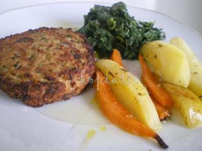 Recipe Mpiftekia (hamburgers) with vlita and garlicky cucumber salad