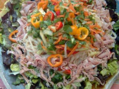 Recipe Cool summery asian noodle salad on a hot day