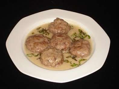 Recipe Greek meatballs in avgolemono sauce (keftedes me avgolemono)