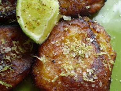 Recipe Vegan tostones (fried plantains) with spicy lime sea salt