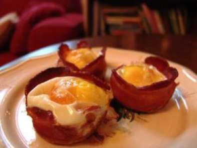 Recipe Bacon, egg, cheese, and toast cups