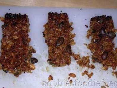 Recipe Crunchy oats, almonds & pumpkin seeds bars