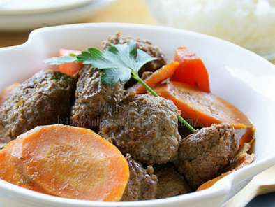 Recipe Semur daging cincang // minced beef cooked in thick soy sauce