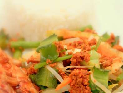Recipe Urap-urap - indonesian blanched vegetables with spicy grated coconut