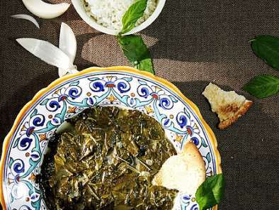 Recipe Jute mallow leaves and chicken stew
