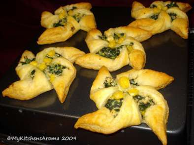 Recipe appetizers - puff pastry 'pinwheels' with spinach-corn-ricotta cheese filling