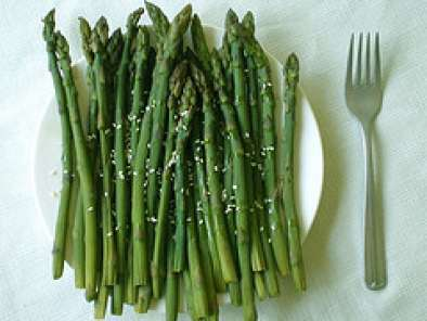 Recipe Asparagus with sesame oil