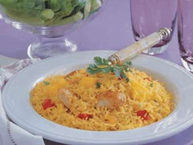 Recipe Maggi curry flavored rice with chicken & pineapple and bengali fish stew