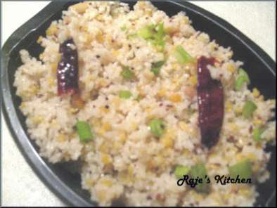 Recipe Rice rava upma with chana daal and scallion garnish
