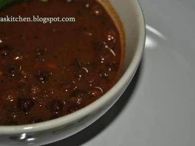 Recipe Kadala (chickpeas) curry @ jisha's kitchen