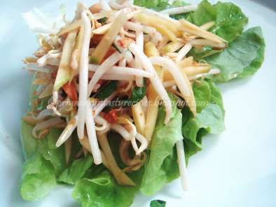 Recipe Thai green mango salad