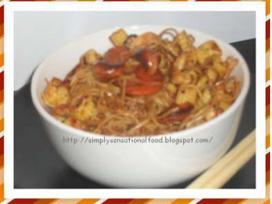 Recipe Stir fried noodles with baby corn and carrots.