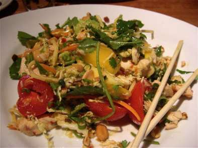 Recipe Houston's evil jungle thai steak salad