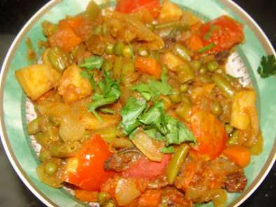 Recipe Mixed vegetable curry (without adding fat)