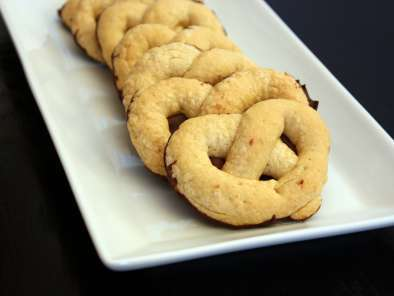 Recipe Italian pretzel cookies