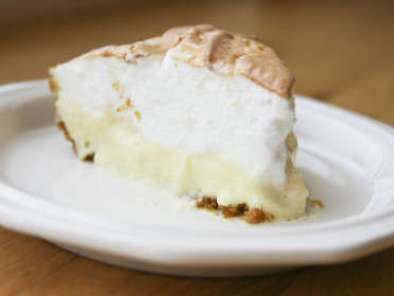 Recipe Creamy lemon meringue pie