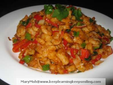 Recipe Cajun prawns and crab sticks stir fry