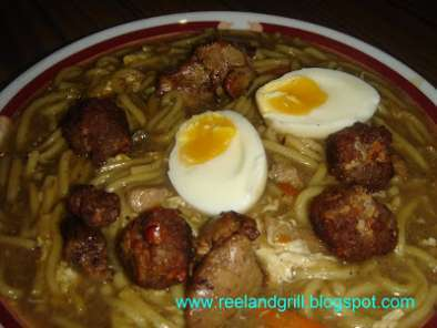 Recipe Loming lipa - pancit lomi (fresh egg noodles in thick soup)
