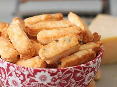 Recipe Cheese biscuit sticks