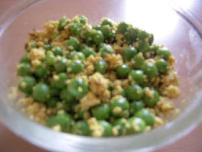 Recipe Chena matar (peas with cottage cheese)